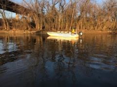 Boat on the Anacostia. Photo credit: Samantha Gleich